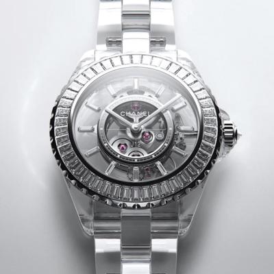 J12 X-Ray:                                          el reloj más extravagante de Chanel