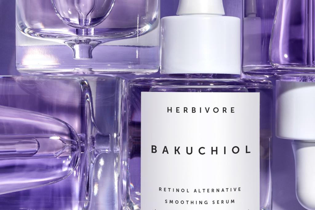 ¿Qué es el Bakuchiol, el 'retinol vegetal' que está revolucionando el cuidado facial?